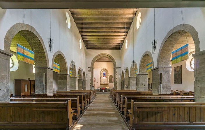 Kirche Schienen innen